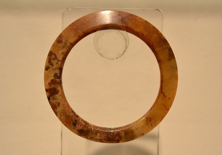 Ancient #jade pi disc Also available on: @http://www.arte-orientale.com/estremo-oriente/1507/disco-pi-giada/