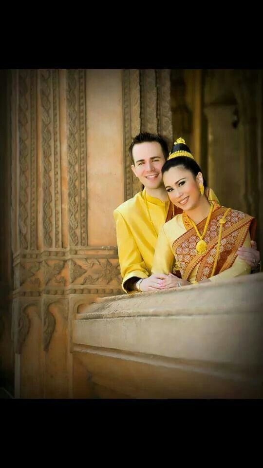 Bride and groom in Lao clothes