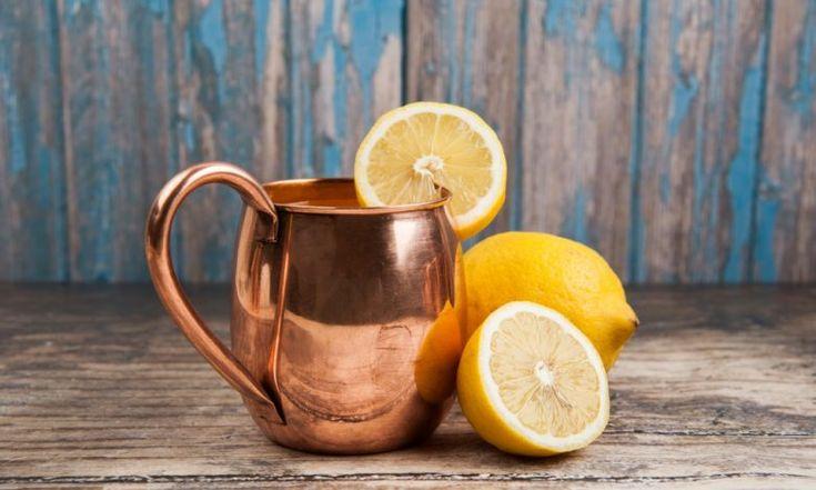 Začněte pít z měděné nádoby!