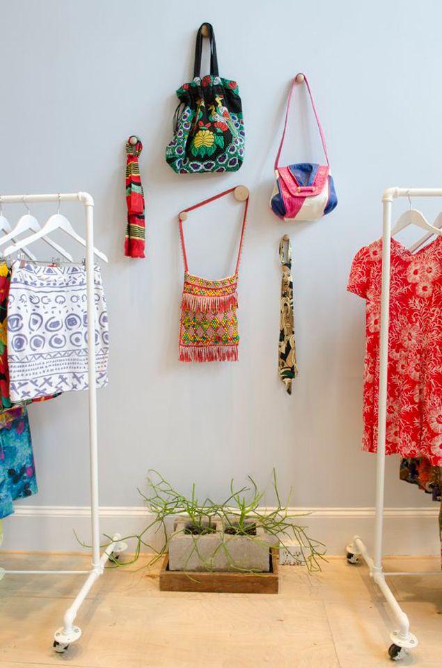 MeepsBeautiful Boutiques, Shops Concept, Cute Things, Adam Morgan, Improvements Meep, Bees Xxx, Dreams Shops, Wall Display, Colors Clothing