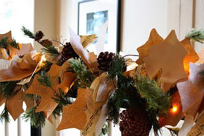 book page and sheet music leaves and flowers for garland foofing: Paper Garlands, Oak Leaves, Christmas Gifts Ideas, Christmas Garlands, Paper Leaves, Leaf Garlands, Sweet Savannah, Paper Rosette, Diy Paper