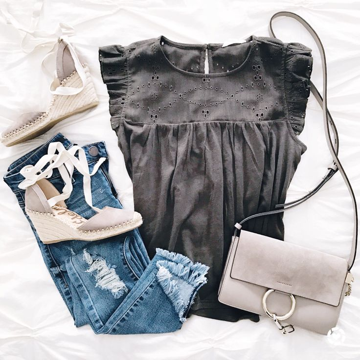 @sunsetsandstilettos - casual outfit inspiration