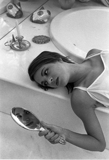 Asia - The Mirror of my Soul Photosets: Asia Argento by Ferdinando Scianna (1996)