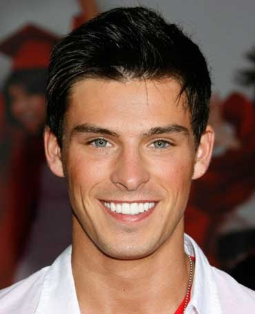 Adam Gregory, 17 Again <3