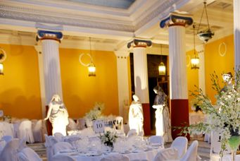 Palace dinner area  Keyhole View: Lighting the statues to affect overall lighting
