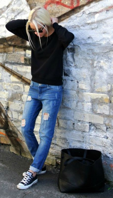 We love Victoria Tornegren's boyfriend jeans, black jumper and converse - the perfect look! Shops: not specified.