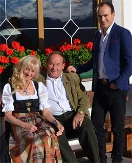 Willkommen im familiengeführten Hotel Sambergerhof! http://dld.bz/eC6Gj