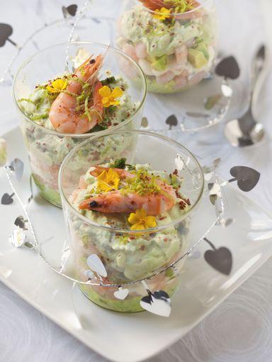 Verrines avocats crevettes et fromage frais - Recette de cuisine Marmiton : une recette