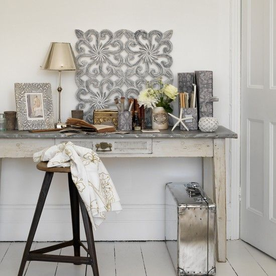Amazing 1000 Images About Take A Shine To Metallics On Pinterest Chairs Largest Home Design Picture Inspirations Pitcheantrous