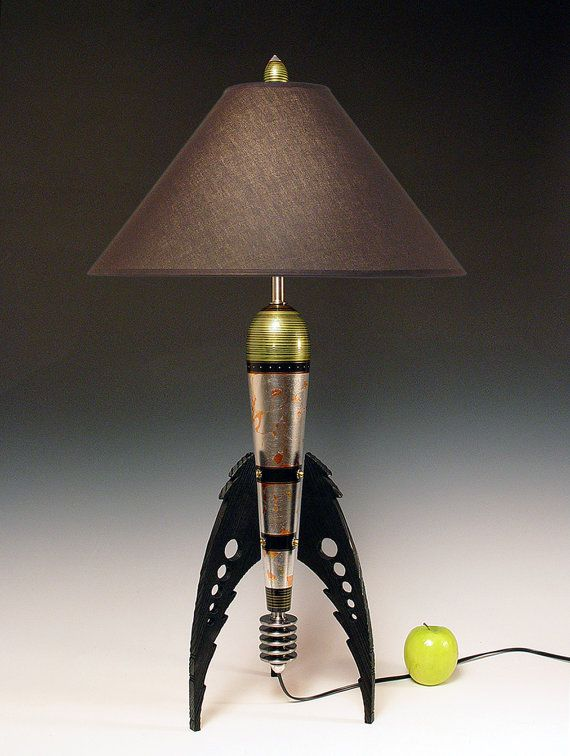 table lamp atomic retro rocket lamp metallic peridot and metal leaf 50s steam punk art deco. Black Bedroom Furniture Sets. Home Design Ideas