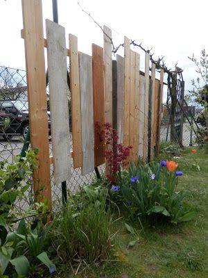 kinderbijou diy sichtschutz aus restholz garten pinterest sichtschutz dachlatten und. Black Bedroom Furniture Sets. Home Design Ideas