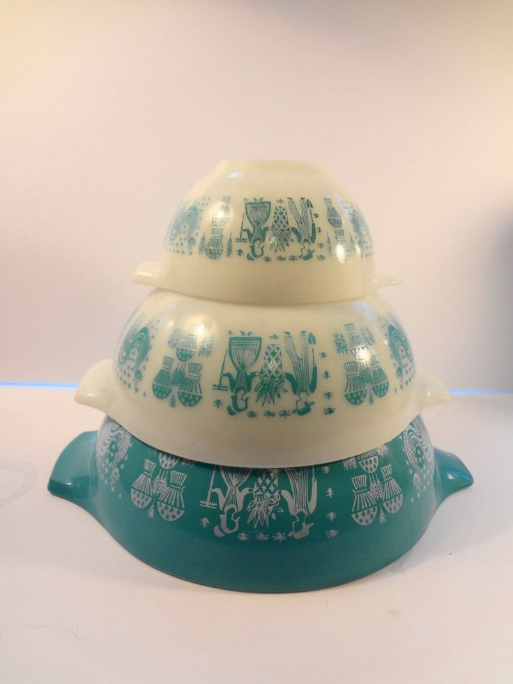 3 Pyrex Amish Butterprint Turquoise Cinderella Mixing Bowls #441 #443 #444 Vintage MCM Cottage Chic by TresTresInteressant on Etsy