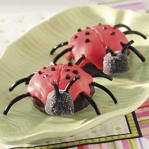 Ladybug Cookies ~ Frost chocolate-covered marshmallow cookies to make these whimsical treats, so cute for a picnic or Summer potluck!