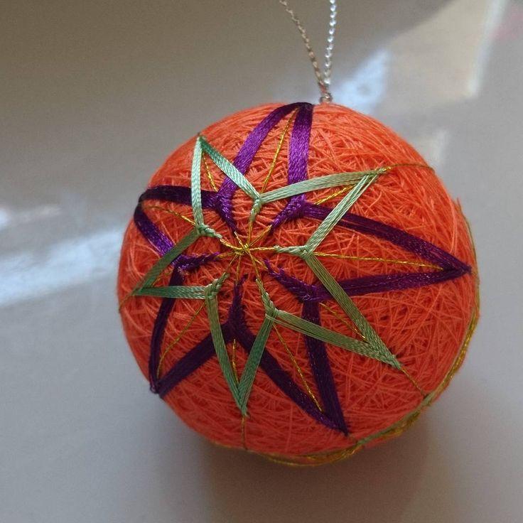 "0 Likes, 1 Comments - Raluca Ioana Simonffy (@ralucamorena) on Instagram: ""2 #star #orange #temari #ball #xmasdecorations #crafts #craftsuk #handmade #handcraft #xmas…"""