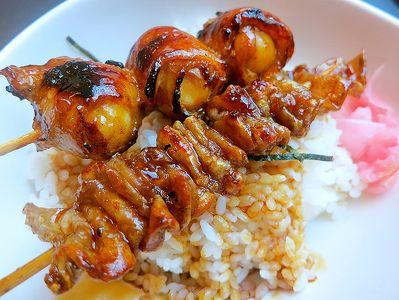 Yakitori de bacon y tomates cherry   ¿Qué cocino hoy?