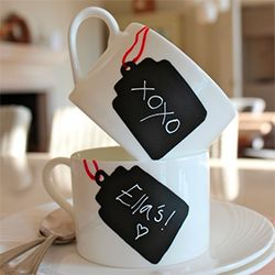 Simple tutorial on how to make these chalkboard tag teacups - name them for every member of the house and change them when friends come over.
