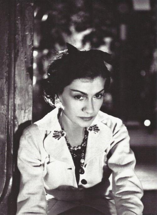 * Coco Chanel Paris, 1937 - photo Boris Lipnitzki,