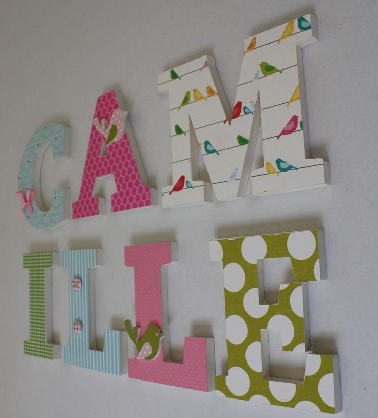 prénom camille en lettres décorées en bois thème oiseau pour cadeau : Décoration pour enfants par mylittledecor
