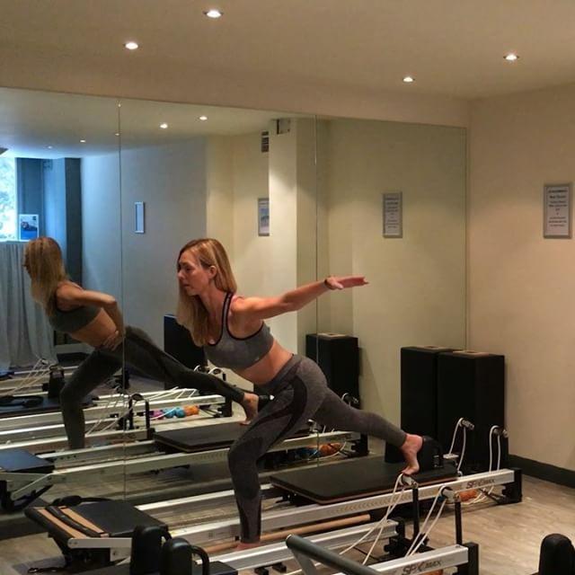 Try this leg burner for a #funfriday sequence #powerpilatesuk #pilates…