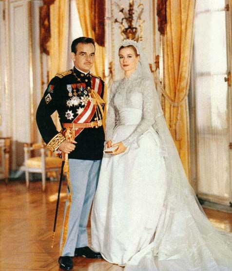 Wedding photograph of Prince Rainier III and Grace Kelly in 1956.