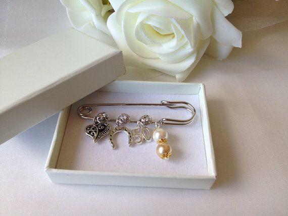 Gift Ideas For 50 Year Wedding Anniversary: 1000+ Ideas About Golden Wedding Anniversary Gifts On