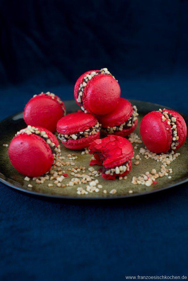 Macarons croquants ! (knusprige Macarons mit Krokant !) – und (noch) ein Macarons FAQ | Französisch Kochen by Aurélie Bastian