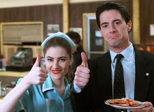 Madchen Amick & Kyle MacLachlan ~ Twin Peaks (1990)  Great coffee .