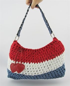 Hoooked: Dutchie Bag - Free crochet pattern in English, Dutch and German.