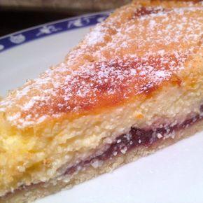 Crostata giudaica di visciole, ricotta e crema ~ Jewish Soft cream and amaretto tart
