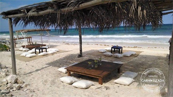 Mesas rustic para coctel #LoveMemoriesWeddings #Weddings #BeachWeddings #DestiantionWeddings