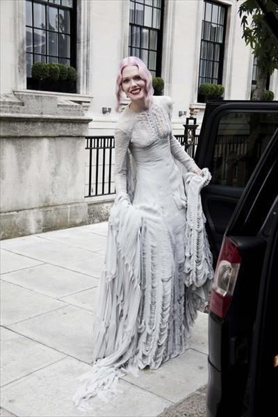 Stylist Katie Shillingford In Her Custom Gareth Pugh Inspired Wedding Gown I Loveee Unconventional Looks