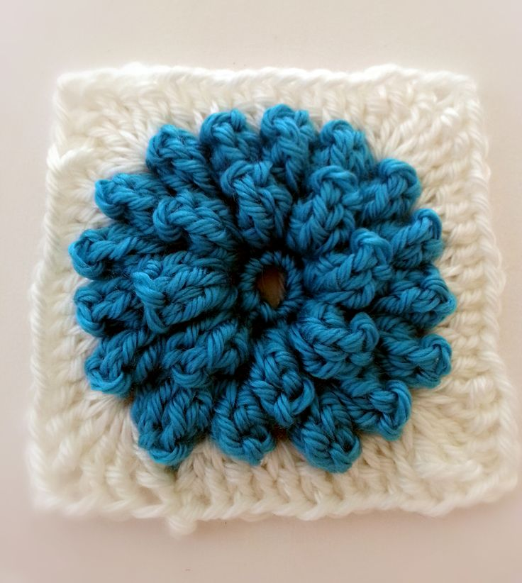 Popcorn Stitch Flower: Free Pattern and video tutorial