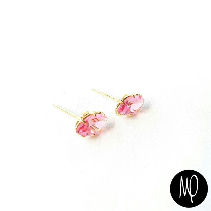 Zarcillos - Cristal corte marquesa - Baño de oro #mini #studs #cristales #crystals corte #marquesa #marquise #marchesa #rosado #pink #rosa #rose  #studs #jewelry #musthave #loveit