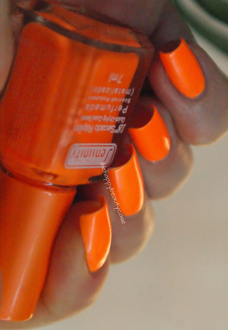 The Happy Beauty Case: Sensinity #99 (Naranja) -Swatches and Review
