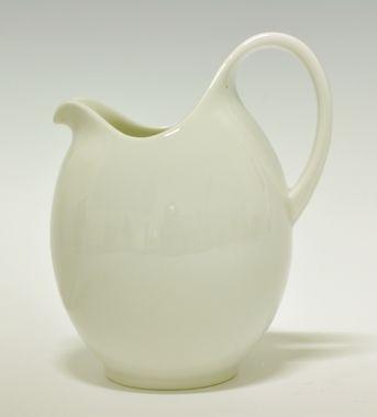 Jug by Nora Gulbrandsen for Porsgrund Porselen. Production 1927-37. Model 1861.3