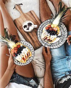 hawaiian bowls and coffee