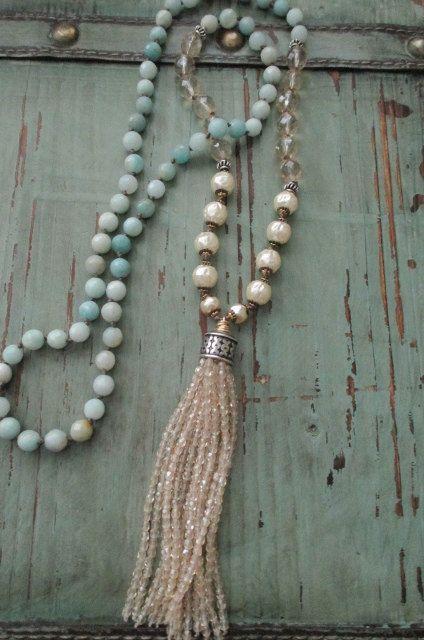 Collana di perle innocenza crema fuori bianco blu di slashKnots