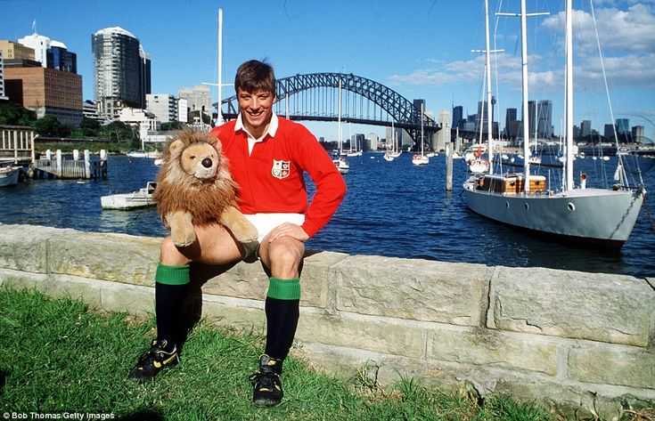 Sport, Rugby Union, British Lions Tour of Australia, Sydney, 1989, Rob Andrew of the British Lions poses with a toy Lion (Photo by Bob…