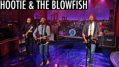 Hootie & the Blowfish reunite for late-night performance on ...
