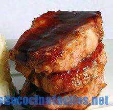 Chuletas de cerdo en salsa de piña