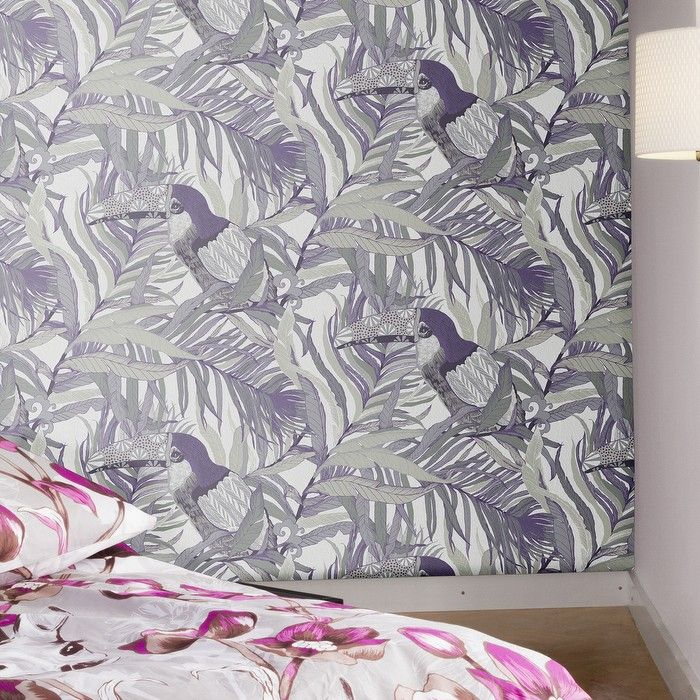 Kuiske Lilac Wallpaper - This beautiful Toucan print wallpaper is a real showpiece in soft lilac and grey.