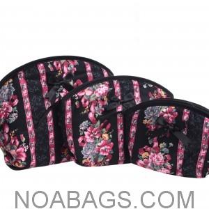 49 best trousses de toilette femme images on pinterest cosmetic bag thai tea and toiletry bag. Black Bedroom Furniture Sets. Home Design Ideas