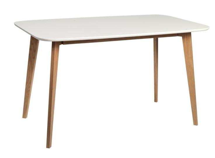 Link Spisebord - Klassisk spisebord i nordisk look med hvidlakeret bordplade og ben i matlakeret egetræ. Anvend spisebordet i den moderne spisestue og kombiner med Link spisebordsstole og fuldfør den enkle nordiske stil.