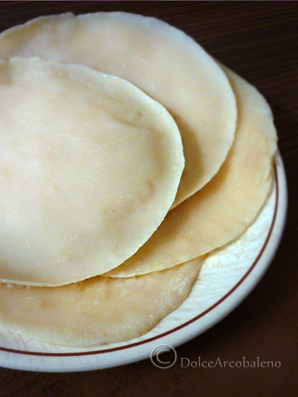 La ricetta delle crepes, per i cannelloni vegan senza uova, latte o derivati animali. The recipe for crepes, to make the cannelloni vegan without eggs, milk or animal derivatives.