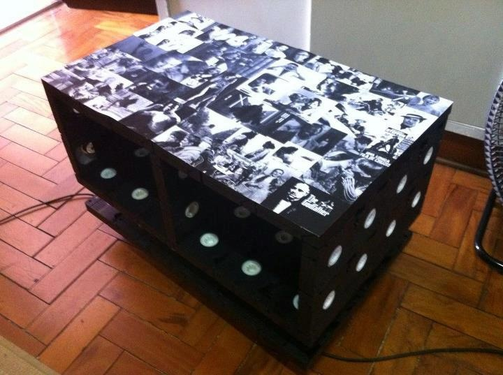 94 best vhs upcycling images on pinterest vhs crafts vhs tapes and recycling. Black Bedroom Furniture Sets. Home Design Ideas