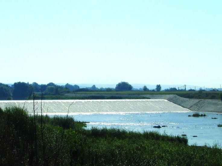 Barajul de la Coșteiu – locul în care Timișul și Bega sunt ținute în frâu de 300 de ani