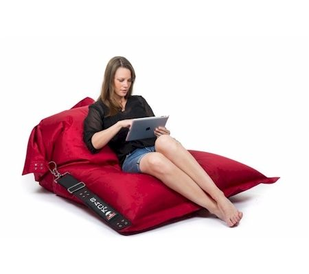 ANYWHEREit - outdoor beanbag from SACKit.