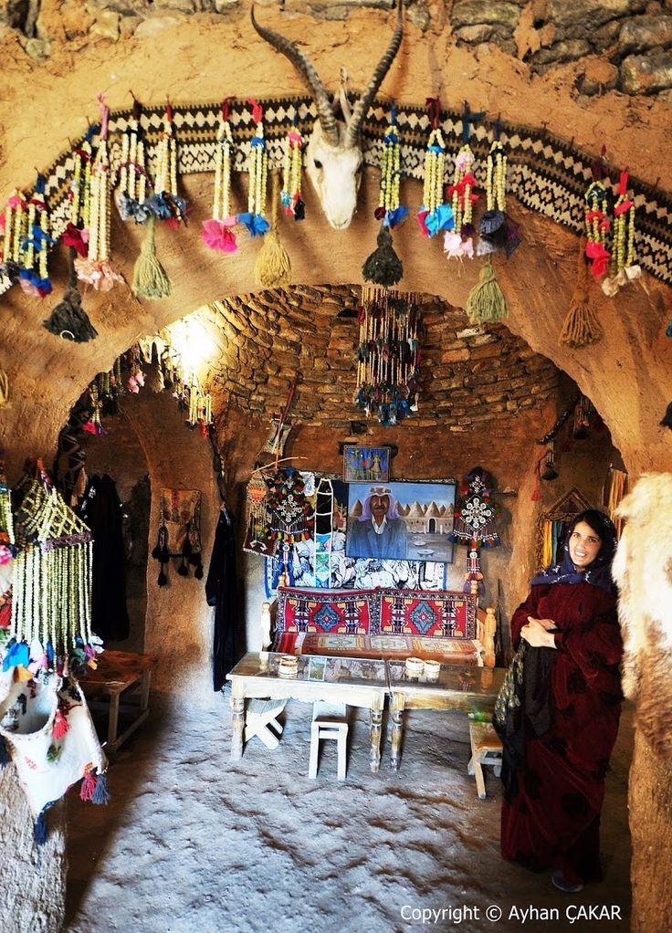 Native Woman and Harran Traditional Houses, Urfa Turkei