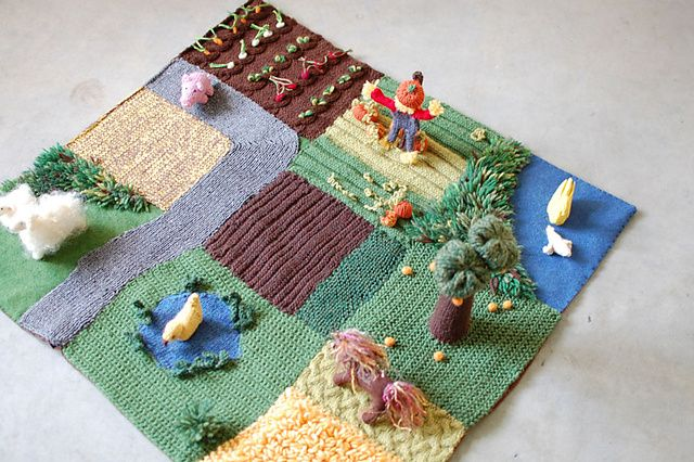 Felted Farmyard Playmat - Living Crafts Winter 2008