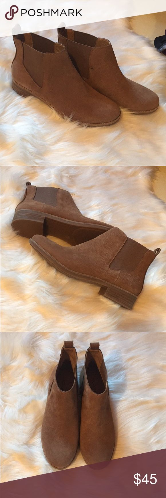 🆕 NWOT Lucky Brand booties 🍀💋 Adorable chestnut colored booties with a forgiving elastic perfect for skinny jeans or thicker socks. Never worn. The only flaw is the small dot seen in the 4th pic. Famous lucky brand quality 😍♥️ Lucky Brand Shoes Ankle Boots & Booties